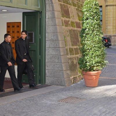 Vaticano: Nuevos estatutos para el Instituto de Obras Religiosas