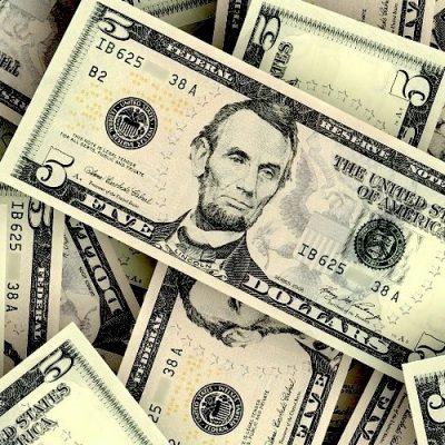 El dinero esclaviza