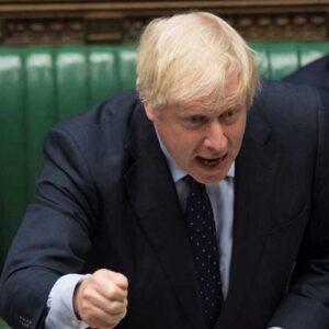 El primer ministro británico suspenderá el Legislativo para avanzar con el brexit