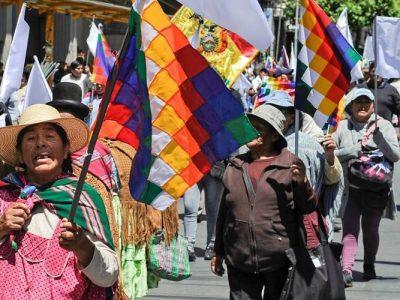 Iglesia y Unión Europea intentan mediar en la crisis boliviana