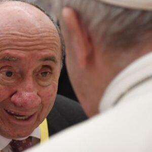 El Papa a los ancianos: Transmitan la experiencia de vida