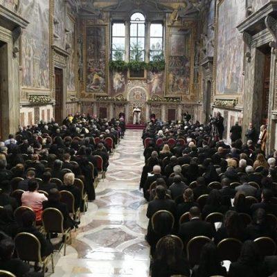 La Santa Sede mantiene relaciones diplomáticas con 183 Estados
