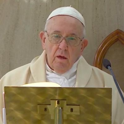 El Papa: Que políticos y científicos encuentren soluciones para el pueblo, no por dinero