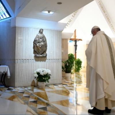 El Papa: Que los políticos busquen el bien del pueblo y no de su propio partido