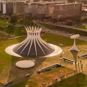 La construcción de una capital  Brasilia es la historia de una vieja aspiración de Brasil