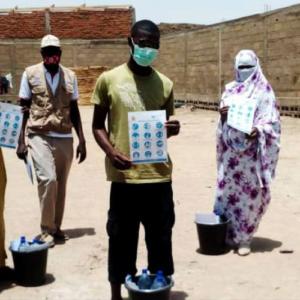 Chad: Los docentes impulsan campañas de sensibilización sobre COVID-19 en comunidades de refugiados