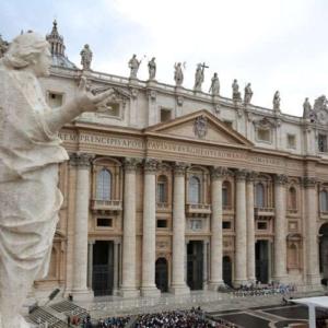 """El Vaticano lanza una nueva ley de compras con eje en la """"transparencia, centralización y competencia"""""""