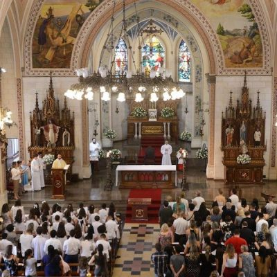 Parroquias, transformarse para evangelizar