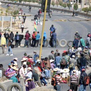 Bolivia: Iglesia demanda el fin de la violencia y fecha para elecciones