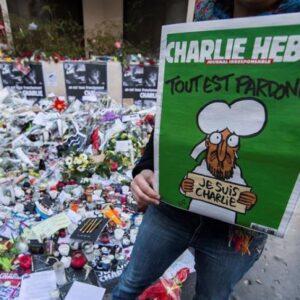 """Charlie Hebdo"" vuelve a publicar las polémicas viñetas de Mahoma"