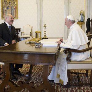 Bielorrusia: El presidente Lukashenko recibe al enviado del Papa