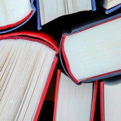Libros recomendados en Mensaje N° 695