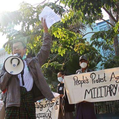 Golpe militar Myanmar. Cardenal Bo: «Restaurar democracia con diálogo. No a la violencia»