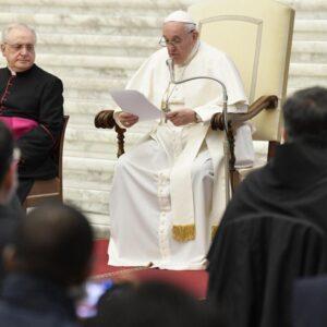 Los 5 consejos del Papa a los confesores