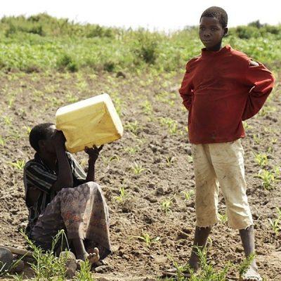 Que el agua potable esté también al alcance de los más necesitados