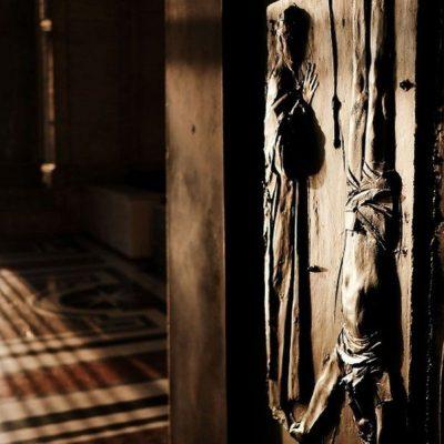 Merkel aboga por cerrar las iglesias en Semana Santa: «Estamos ante una nueva pandemia»
