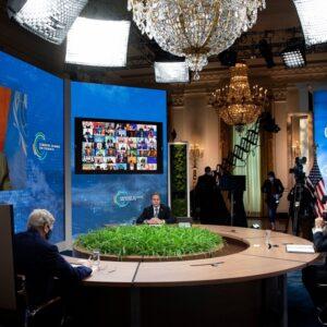 Francisco, a Biden, Xi Jinping, Putin y Macron: «Cuidemos la naturaleza para que ella nos cuide a nosotros»