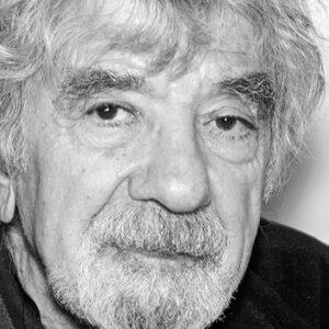 Revista Mensaje N° 699. Pablo Razeto: «El legado de Humberto Maturana es su perspectiva sistémica»