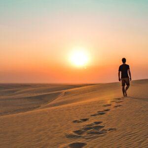 Lanzamiento del libro «Caminar en desolación», del padre Tony Mifsud