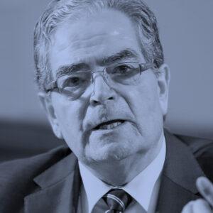 Pedro Morandé Court: La desolación de América Latina