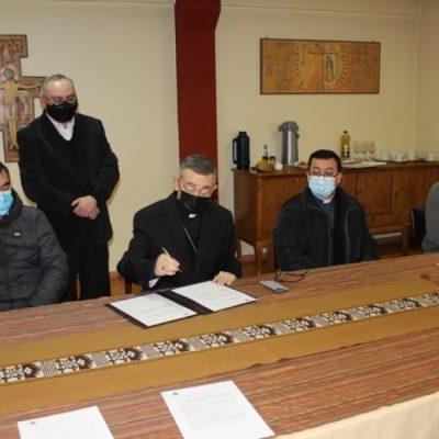 Monseñor Vargas crea Vicaría para la Pastoral Mapuche y Campesina Rural